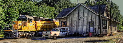 Greensboro Photograph - Squaw Creek Southern Locomotive In Madison by Reid Callaway