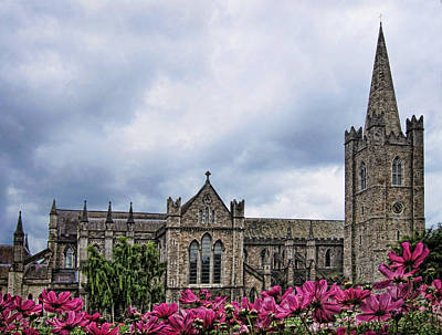 St. Patricks Cathedral Photograph - St. Patrick's Cathedral by Nancy Ingersoll