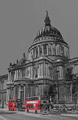 Wren Digital Art - St Paul's Cathedral London Art by David Pyatt