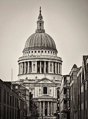 St Pauls Cathedral Photograph - St Pauls London by Heather Applegate