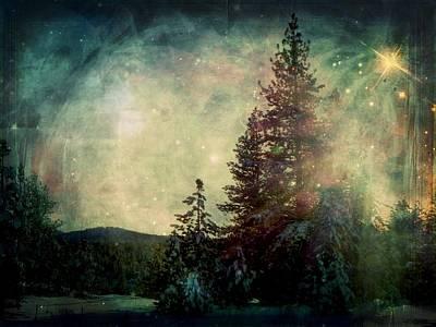 Star Of Solstice Print by Leah Moore