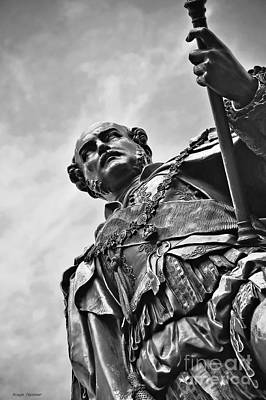 British Royalty Photograph - Statue - Albert The Good by Kaye Menner