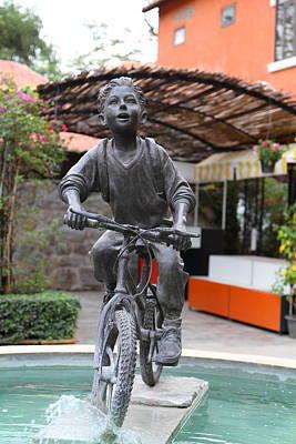 Statue - Piazza Palio - Khaoyai Thailand - 01131 Print by DC Photographer
