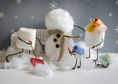 Snow Forts Photograph - Stay Puff Snowman by Heather Applegate
