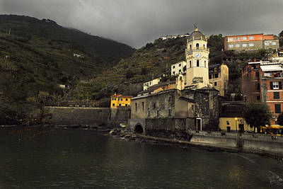 Storm Brewing At Vernazza Original by William Fields