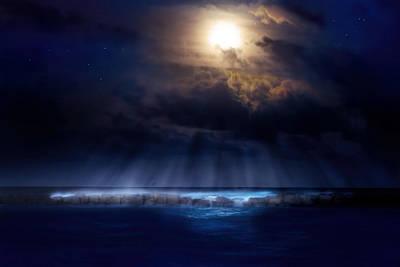 Beauty Mark Photograph - Stormy Moonrise by Mark Andrew Thomas