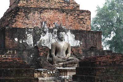 Sukhothai Historical Park - Sukhothai Thailand - 01133 Print by DC Photographer