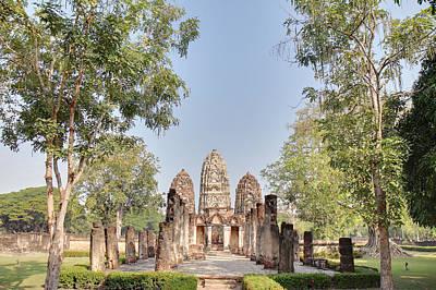 Sukhothai Historical Park - Sukhothai Thailand - 011350 Print by DC Photographer