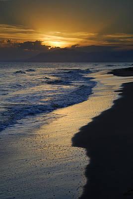 Sunrays Over The Sea Print by Guido Montanes Castillo
