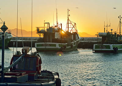 Tom Hudson Photograph - Sunrise At Kak Bay by Tom Hudson