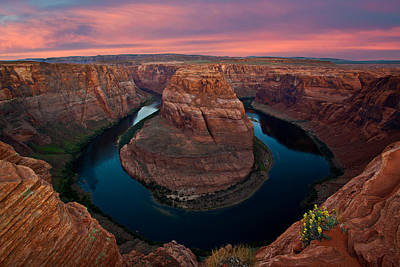 Sunrise At The Bend Print by Guy Schmickle