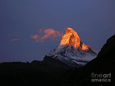 Sunrise On The Matterhorn Print by Micheline Heroux