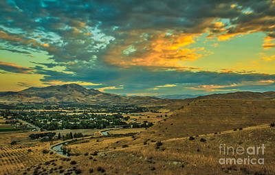 Sunrise Over Emmett Valley Print by Robert Bales
