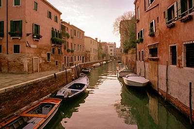 Villa Mixed Media - Sunset Along The Canals Of Venice by Cliff Wassmann