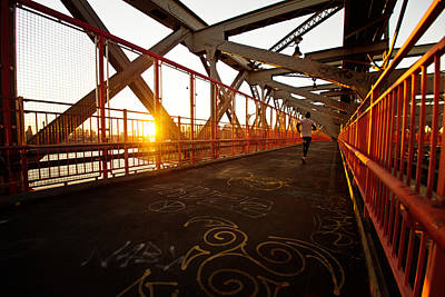 Sunset On The Williamsburg Bridge - New York City Print by Vivienne Gucwa