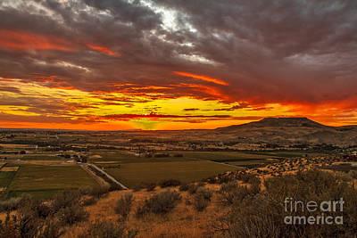 Sunset Over Little Butte Print by Robert Bales