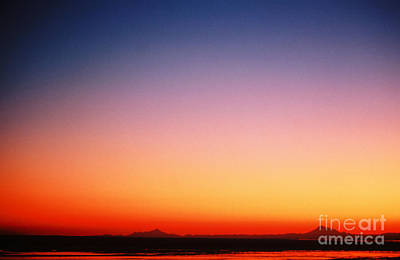 Sunset Over Cook Inlet Print by Ronnie Glover