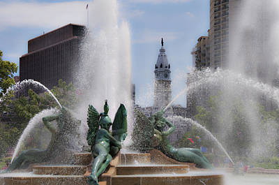 William Penn Digital Art - Swann Fountain In Philadelphia Pa by Bill Cannon