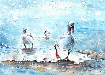 Swan Drawing - Swans On The March by Miki De Goodaboom