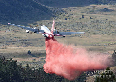 Print featuring the photograph Tanker 45 Dropping On Whoopup Fire by Bill Gabbert