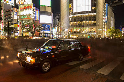 Shibuya Photograph - Taxi In Shibuya by Ruben Vicente