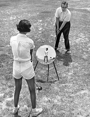 Teaching Golf With Mirrors Print by Underwood Archives