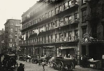 Tenement Housing, New York City, 1912 Print by Science Photo Library