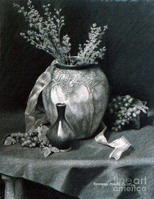 Purple Grapes Drawing - Terra Cotta Urn And Grapes by Rosemarie Morelli
