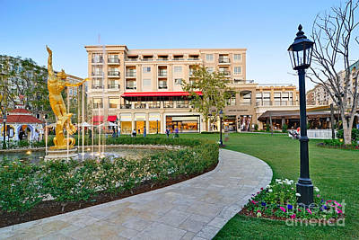 The Americana At Brand Outdoor Shopping Mall In California. Print by Jamie Pham