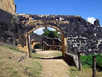 Mombasa Photograph - The Arch Fort Jesus Mombasa by Jay Milo