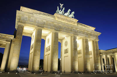 The Brandenburg Gate Print by Colin Woods