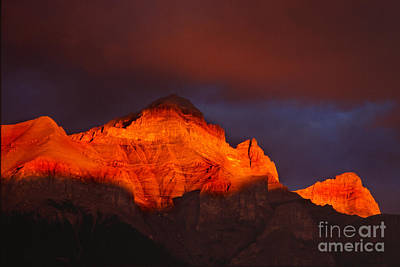 The Brilliance Of Light Mount Rundle Banff Print by Bob Christopher