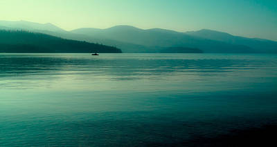 Seascape Photograph - The Calmness Of Priest Lake by David Patterson