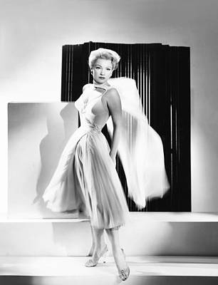 1950s Portraits Photograph - The Come On, Anne Baxter by Everett