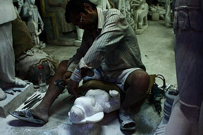 Marble Tomb-stones Photograph - The Craftsman - New Delhi - India by Aidan Moran