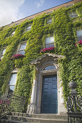 Ireland Photograph - The Door Dublin Ireland by Betsy Knapp