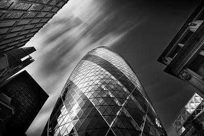 Gherkin Photograph - The Gherkin - London. by Ian Hufton