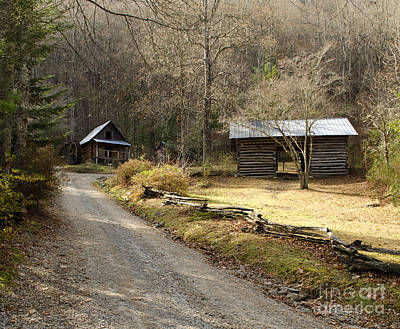 Grind House Photograph - The Grist Mill At Foxfire Museum by Debra Johnson