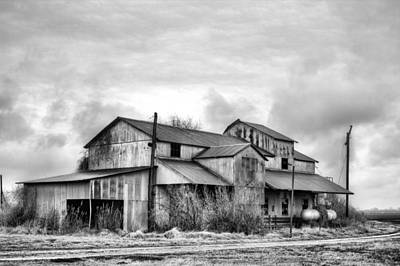 The Mississppi Delta Cotton Gin Black And White Print by JC Findley