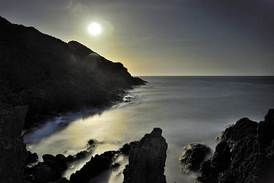 The Moon Print by Guido Montanes Castillo