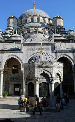 The Mosque Of Sultan Ahmet (blue Mosque Print by Lynn Seldon