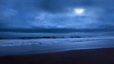 Moonlight Photograph - The Ocean Moon by Bill Wakeley