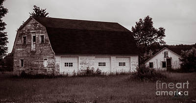 The Old Barn Print by Grace Grogan