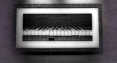 The Old Piano Print by Dan Sproul