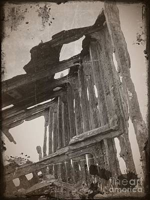 Neurotic Images Photograph - The Peter Iredale 11 by Chalet Roome-Rigdon