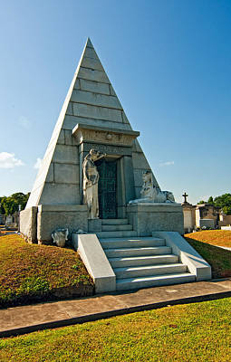 Metairie Cemetery Photograph - The Point Of Dying by Steve Harrington