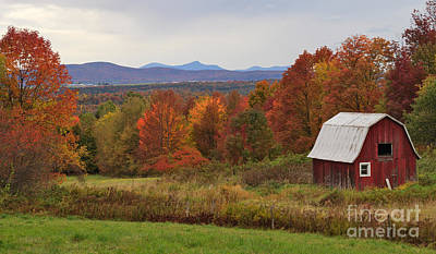 Barn Photograph - The Pretty Little Barn Eighteen Miles From Jay Peak by Charles Kozierok