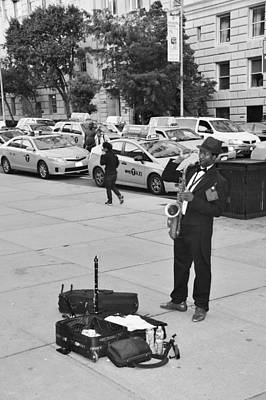 Saxaphones Digital Art - The Saxman In Black And White by Rob Hans