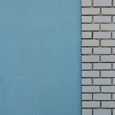 Bricks Photograph - The Start Of Somthing New by Lee Harland
