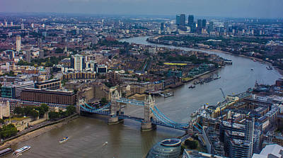 Citylife Photograph - The Thames by Martin Newman